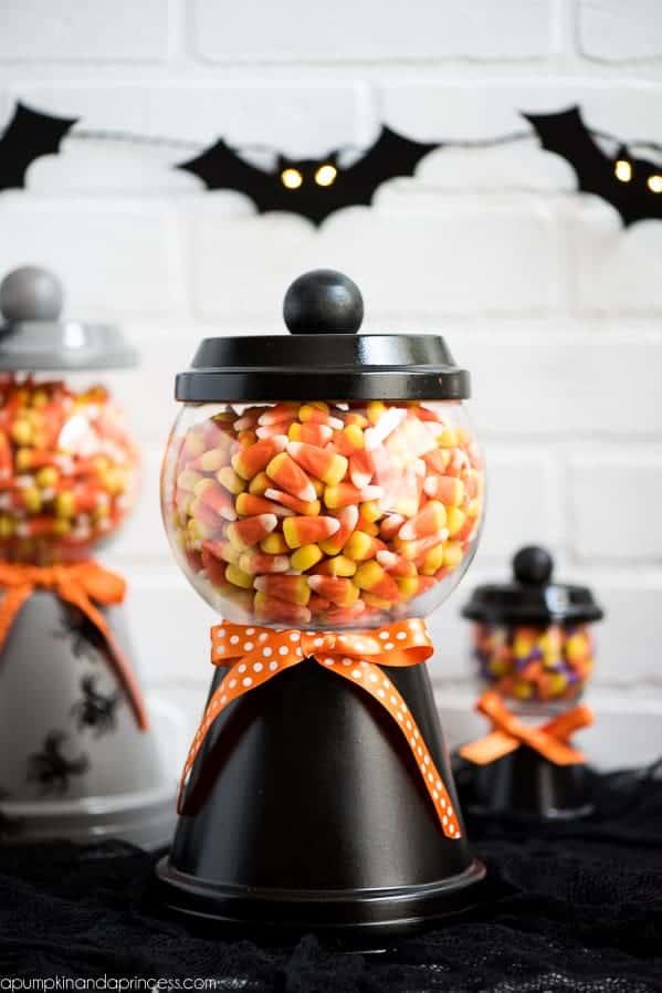 10 Easy DIY Halloween Decorations